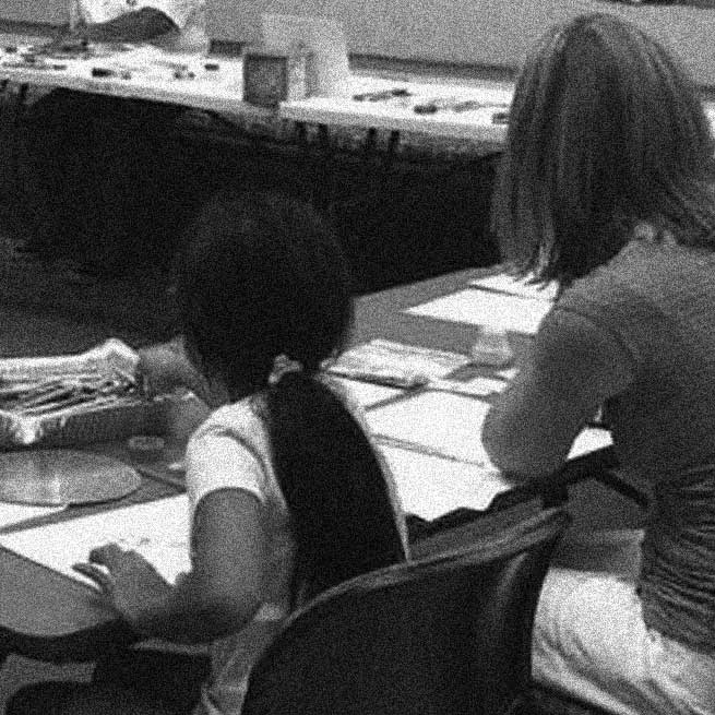 Art therapy sessions at library center on Emanuel tragedy